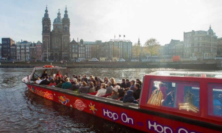 Amsterdam Hop On Hop Off Cruise